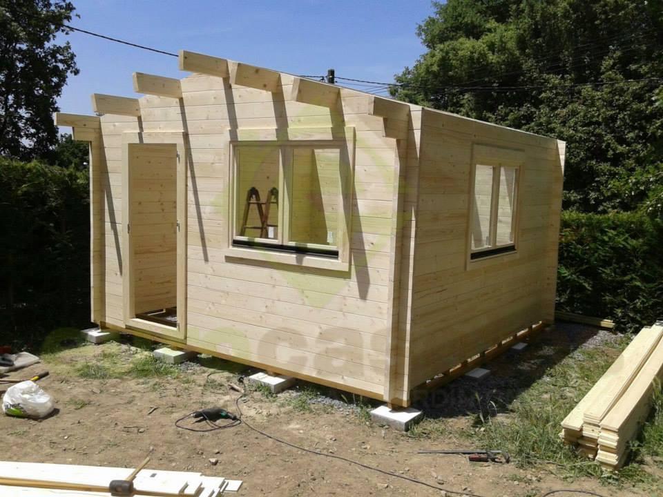 Montaje caseta de madera altea 4x4 eurocasetas for Montaje tejados de madera