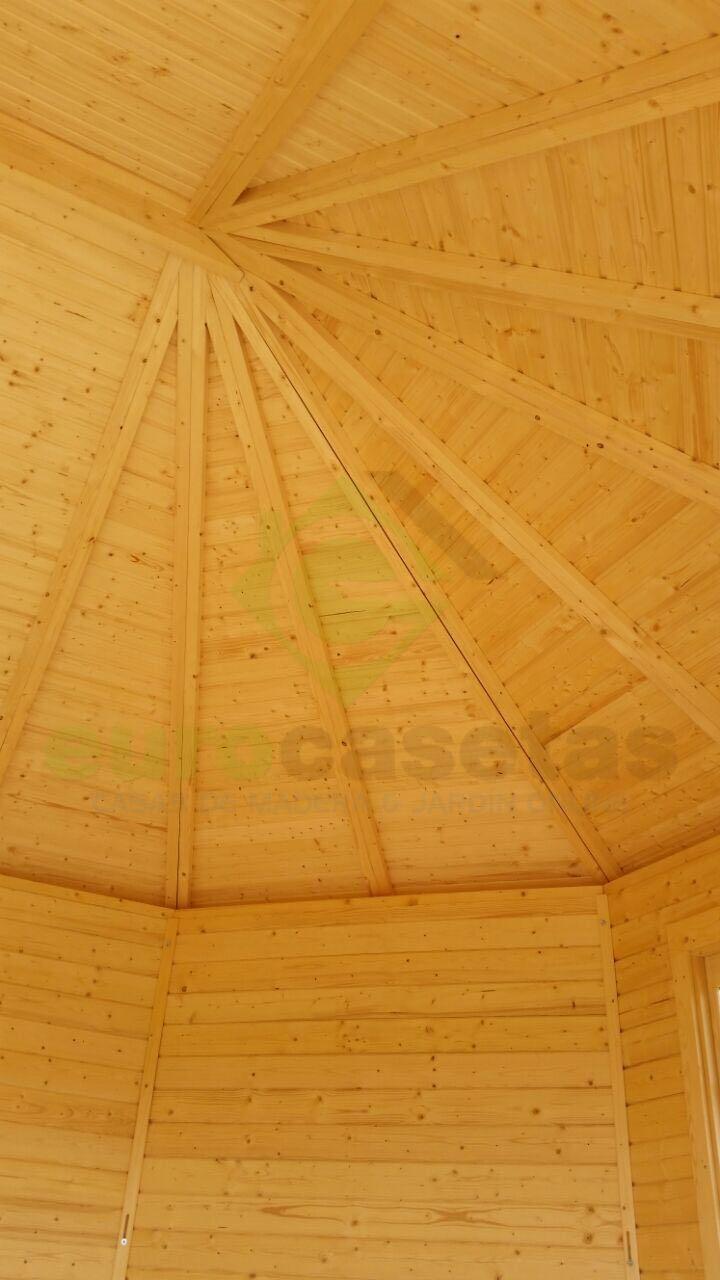 Montaje caseta de jardin lisette eurocasetas casas for Montaje tejados de madera