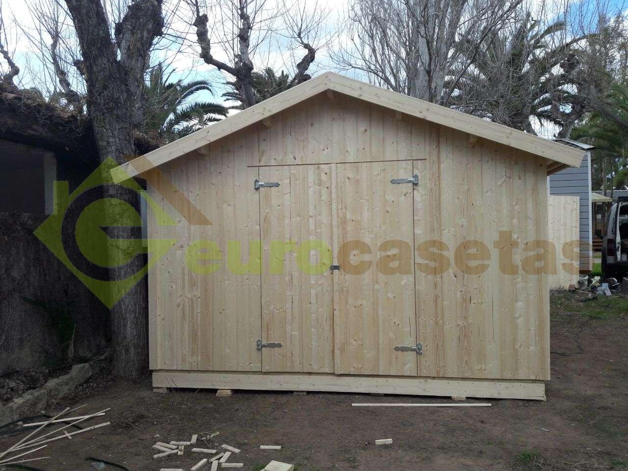 Montaje Trastero de madera NILS 12,1m2 en Camping Montroig