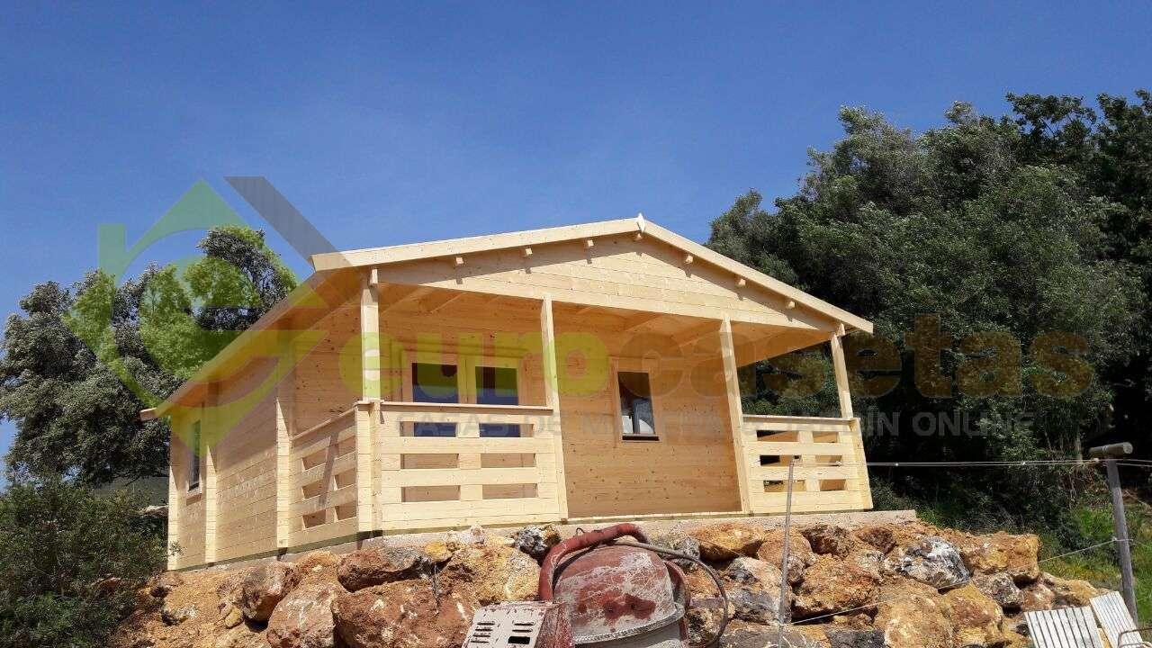 Montaje casa de madera roy con ba o en portugal - Montaje casa de madera ...