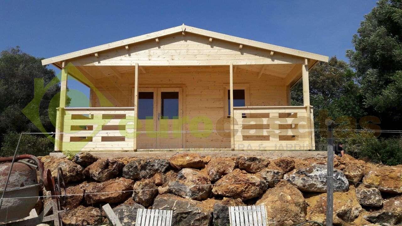 Montaje casa de madera roy con ba o en portugal - Casas de madera en portugal ...