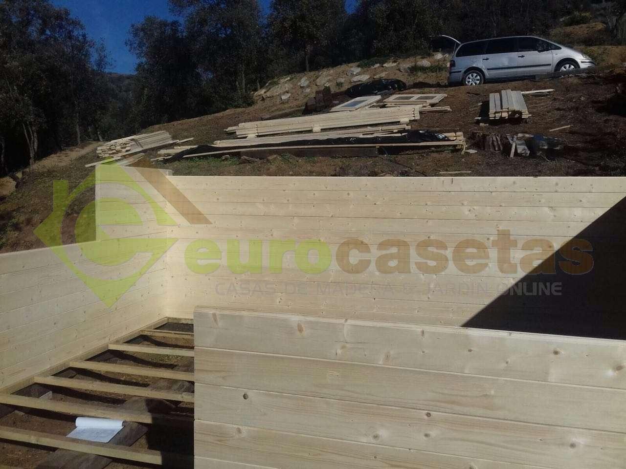 Montaje Casa de jardin 5x4 en Collbato
